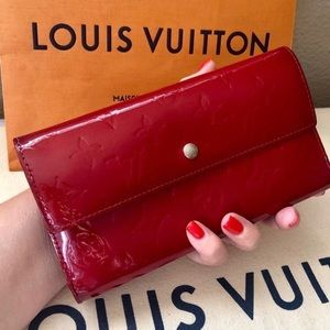 LV Vernis Tri-fold Wallet Clutch